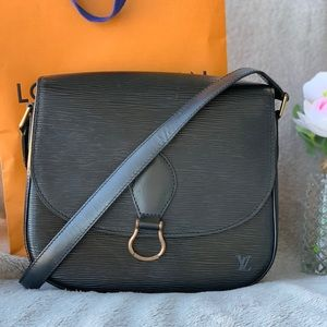 Louis Vuitton Saint Cloud epi black